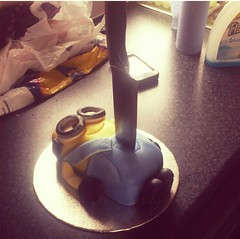 Death to minion cake #cake #minions (Liquidlizard.co.uk) Tags: cake minions