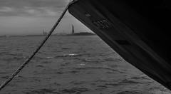 Liberty (reginefoto) Tags: usa newyork landscape liberty boat blackwhite nikon manhattan sommer d800 hollidays ocan blackwhitephotography