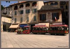 Orta San Giulio (Coxxolino) Tags: orta lago sangiulio ortasangiulio trenino