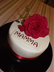 Festa della Mamma!!!! (gelateriagarden) Tags: rose mother gumpaste festamamma