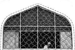 MIN_1795 (Darmin Ladiro) Tags: white black window nikon muslim pray culture mosque human framing interest masjid tawau d7000 alkauthar darminladiro discovertawau