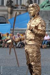 008862 - Estatua viviente (M.Peinado) Tags: copyright canon praha praga aviador estatuaviviente chequia esko eskrepublika 2013 r canoneos60d repblicachecha 05092013 septiembrede2013