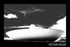 Congresso Nacional (victorrassicece 3 millions views) Tags: cidade canon américa paisagem urbano pretoebranco brasilia distritofederal américadosul paisagemurbana congressonacional 20x30 2013 rebelxti canoneosdigitalrebelxti cidadebrasileira canonefs1855mmf3556is