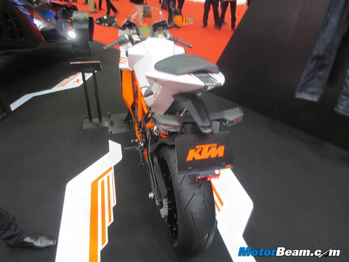 KTM-Tokyo-Motor-Show-2013-17