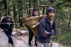 The Morning Walkers |  (francisling) Tags: morning nepal zeiss 35mm t walk sony cybershot himalaya porter sherpa tyangboche sonnar  tengboche   rx1    dscrx1