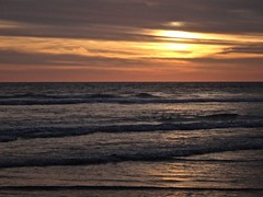 Acapulco sunset in progress 1 (pedro vit) Tags: sunset sea sun beach acapulco challengeyouwinner