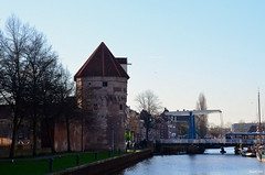 Zwolle the view of  Mosterdtoren (JaapCom) Tags: bridge holland water dutch town nikon toren historical brug stad zwolle overijssel gracht historisch hanze sassenpoort hanzestad thorbeckegracht historiek d5100 wijndragers mosterdtoren jaapcom