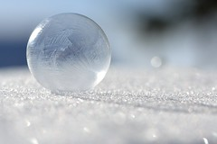 bulle glace (photos martYmage) Tags: winter white snow ice frozen hiver bubble neige blanc glace bulle glace