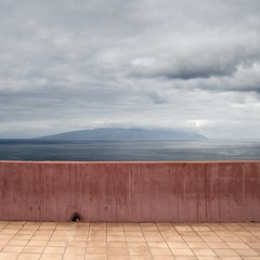 Viewpoint (Julio López Saguar) Tags: ocean pink sea españa muro wall mar spain space rosa atlantic tenerife viewpoint canaryislands mirador atlántico valla espacio islascanarias océano lagomera abama juliolópezsaguar