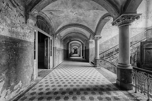 "Main Corridor • <a style=""font-size:0.8em;"" href=""http://www.flickr.com/photos/53054107@N06/16351070290/"" target=""_blank"">View on Flickr</a>"