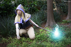 Spellthief Lux - League of Legends (Lyon Hart Photography) Tags: game riot cosplay lol games videogames legends pax cosplayer lux league spellthief paxsouth paxsouth2015