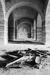 Arches (SB Photographie) Tags: white black architecture noir fuji bricks perspective arches fujifilm chateau blanc castel abandonned briques chais débris xm1 abandonnée
