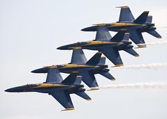 Blue Angels_8995 (Mike Head -Jetwashphotos) Tags: usa america us ska blues formation wa hornet blueangels mdc easternwashington fa18a kska fairchildafb echelonrightformation