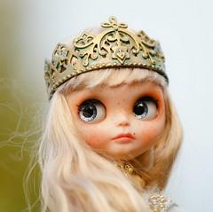 Blythe crown