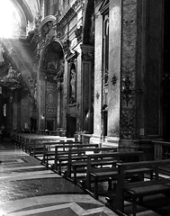 the light in Santa Maria Maddalena (^ Missi ^) Tags: rome iphone santamariamaddalena iphoneography photoshopcs5 iphone6splus