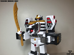 IMG68_1269 (ThanhQuan_95) Tags: white ranger power deluxe tiger legendary mighty rangers legacy mega bandai mmpr morphin megazord tigerzord