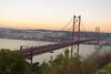 152 de 365 rojo (pico_de_la_miel) Tags: portugal atardecer rojo lisboa construcción almada acero estructura puentecolgante ríotajo tirantes riotejo estuario puente25deabril