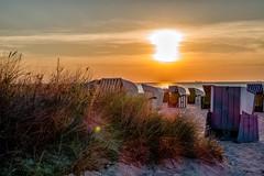Warnemnde Sonnenuntergang (mirko.borgmann) Tags: sunset sun beach strand abend licht warnemnde sonnenuntergang balticsea sonne ostsee stimmung strandkrbe