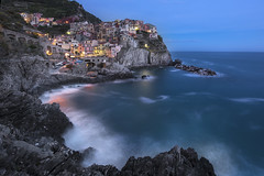 Manarola by Night - Cinque Terre (Italy) (luke.switzerland) Tags: manarola longexposure sea seascape cityscape landscape italy italia cinque terre night sunset nikon d810 travel rocks