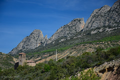 Near Abella de la Conco (tmcull) Tags: sky cliff mountain mountains church rock de landscape outdoors la spain rocks outdoor hill spanish geology pyrenees conca abella