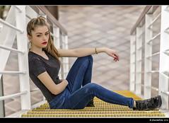 Aily - 4/4 (Pogdorica) Tags: chica retrato modelo rubia denim sesion vaquero matadero posado