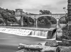 Le pont de l'Ardche  Ruoms (_.Yann 07 ._) Tags: bw nb europe france ardche le poselongue longexposure nature eau rivire pont bridge 500mmf18 nikkor paysage landscape serene nikon d750 fall waterfall curuyann rgion typique monochromemondays