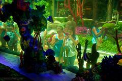 IMG_0294 (Vicr of Flickr) Tags: street travel vegas blue trees sky people usa sun gambling tourism architecture buildings us lasvegas nevada sightseeing casino tourists palm nv streetscenes lasvegasboulevard