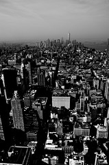 Vertical, B&W, Lower manhattan, Down town, Views from the Empire State building, Observation deck, New York (Fco. Javier Cid) Tags: vertical bw lowermanhattan downtown viewsfromtheempirestatebuilding observationdeck newyork