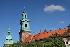 IMG_2300 (h3rmes) Tags: gothic architecture krakw krakow poland wawel castle tower
