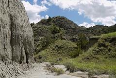 resized-P1060784 (griffinb291) Tags: montana badlands makshika
