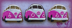 Campervan pink (Cute Sweet Thing) Tags: pink blue sun green vw fun surf cookie retro iced combi campervan 1960
