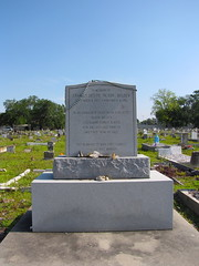 holt (new orleans) (DeadManTalking) Tags: cemetery louisiana buddy holt quotnew quotcharles deadmantalking orleansquot quotorleans parishquot boldenquot