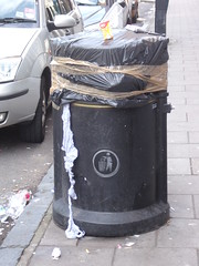 Rubbish: Sealled bin outside Co-op Western Road near Palmiera Square. (davidjohnhulatt) Tags: brighton bin rubbish strike westernroad citycleaners