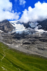 Moräne des Eigergletschers (mdoudin) Tags: blue sky green ice nature clouds landscape switzerland glacier moraine eternal