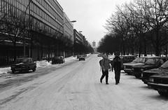 Flickr_East_Berlin_1986_December_ (Roberto Bombardieri) Tags: west berlin wall germany east 80 germania