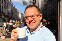 Rue de la Monnaie - Lille (France) (Meteorry) Tags: street morning france coffee caf europe terrace wmc terrasse september lille rue nordpasdecalais nord matin fredperry cuppa meteorry 2013 vieuxlille lapartdesanges perrytak ruedelamonnaie lillemtropole