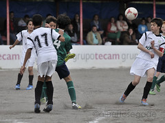 DORN-TIRS 027 1200 (Alberto Segade) Tags: sports football nikon soccer infantil nikkor ftbol oleiros codesal d300 dorneda nikkorzoomlens nikond300 nikon80200afs
