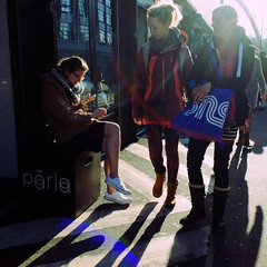 brake1 (Kruijssen) Tags: street london girl phone smoke brake fujifilmx30