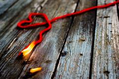 Attenzione, pericolo di cuori in fiamme! (mariateresa toledo) Tags: red danger zeiss heart flame heat conceptual rosso cuore fuoco fiamma concettuale fervor nex7 sonynex7 mariateresatoledo distagontfe1435 dsc046482
