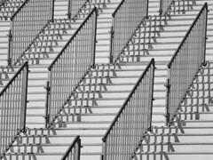 Stairway,  Rotterdam (LYSVIK PHOTOS) Tags: blackandwhite building geometric monochrome lines station stairs rotterdam pattern landmark structure event walkway massive mon manifestation horizonal stationsplein groothandelsgebouw blackandwhiteimage buildingstructure