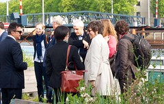 2016.05.26 Group Tour Visitors (FotoMediamatic) Tags: people boat tour eating mediamatic laboratory visitors aquaponics cleanlab biotoop mediamaticbiotoop