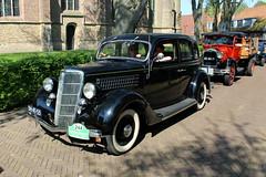 1935 Ford Sedan 45 L (Davydutchy) Tags: auto classic ford car sedan automobile tour ride may 45 bil oldtimer frise friesland bolsward 2016 klassiker frysln elfstedentocht frisia vetern 45l boalsert