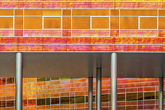 Zooming in on the exit (Gies!) Tags: building netherlands architecture modern office government tax architectuur almere belastingdienst uwv monderne