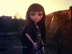 Draculaura (eneida_prince) Tags: photo doll dolls photoshoot photos vampire mh mattel 2016 monsterhigh draculaura osalina schoolsout monsterhigh2016