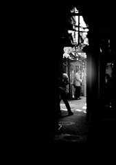 GUIDANCE (Dinasty_Oomae) Tags: street blackandwhite bw monochrome tokyo blackwhite shinjuku outdoor  zeissikon  boxcamera       boxtengor omoideyokocho shinjukuku