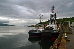 (Zak355) Tags: boats scotland riverclyde ships scottish vessel shipping tugs bute rothesay isleofbute serco sdimpetus sdresourceful