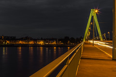 nearly empty bridge (Renate Bomm) Tags: köln nordrheinwestfalen deutschland colonia bridge night nacht dunkel trafic flickrfriday inthemiddleofthenight 366 2016 renatebomm pictureoftheday brücke cologne midnight blue noche illumination felana nrw kölnerdom longexposer gebäude architektur heimatstadt heimat thegoldengallary goldengallary ligths golden oro dusk dämmerung weather flickrunitedaward coloursoftheworld beautifulcapture goldenvisions visiongroup thegoldendreams 2016onephotoeachday