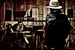 Midnight session (Franco DAlbao) Tags: people music bar lumix gente blues midnight session msica vigo sesin medianoche rythmblues dalbao francodalbao