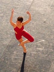 Da de la Danza (159) (calafellvalo) Tags: ballet girl youth dance fiesta child dancers danza folklore calafell tnzer nios tanz sitges baile flamenco garraf tanzen danser alegra roco juventud espectaculo danseurs costadorada calafellvalo rocieras esbarts danzadansabaileflamencoballetarmoniaolddancedancingbailarinas tanzmisik