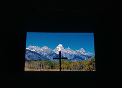 CHAPEL OF THE TRANSFIGURATION, GRAND TETON NATIONAL PARK, WYOMING (dmclean2009) Tags: wyoming tetons grandteton jacksonhole tetonrange grandtetonnationalpark tetonmountains chapelofthetransfiguration dmclean2009